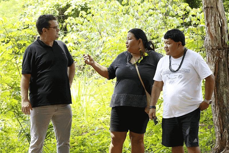 Ezequiel Júnior visita aldeias e anuncia entrega de notebooks para escolas indígenas