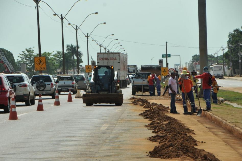 Prefeitura da Capital conclui primeira etapa de limpeza da BR-364