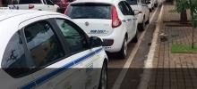 Taxistas renunciam a cobrança de bandeira 2 em dezembro, após chegada da Uber