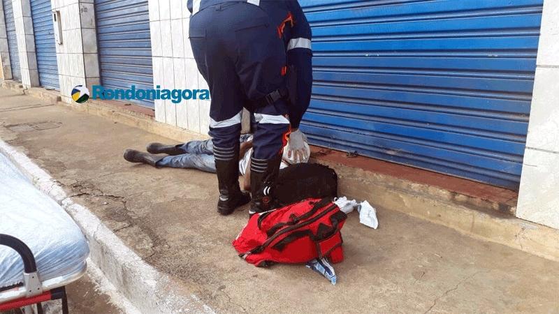 Briga entre usuários de drogas termina com um agredido a pauladas