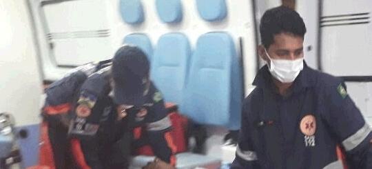 Menor é esfaqueado após reagir ao assalto na Capital