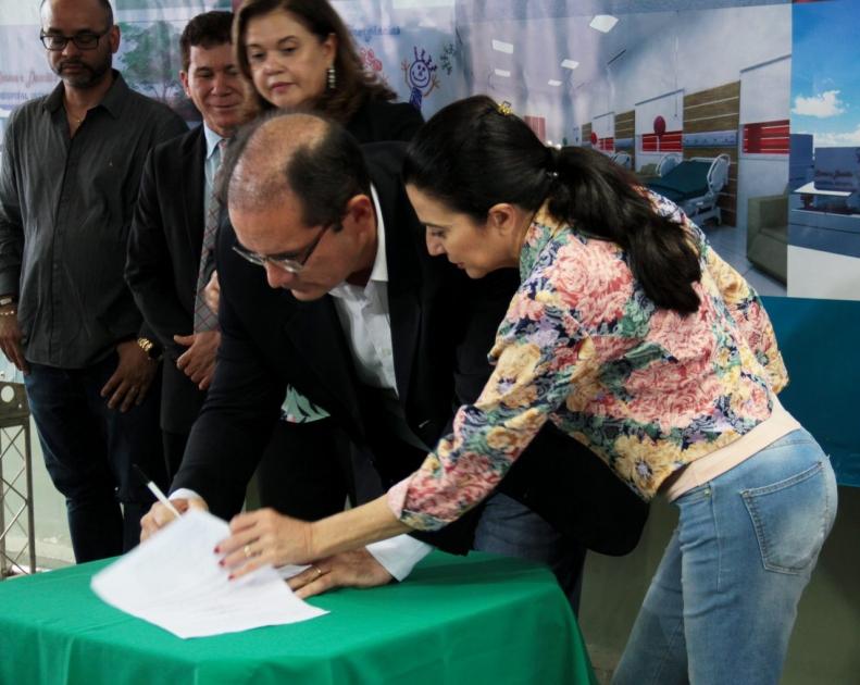 Governo federal assegura R$ 26 milhões para ampliação e reforma do hospital infantil Cosme e Damião