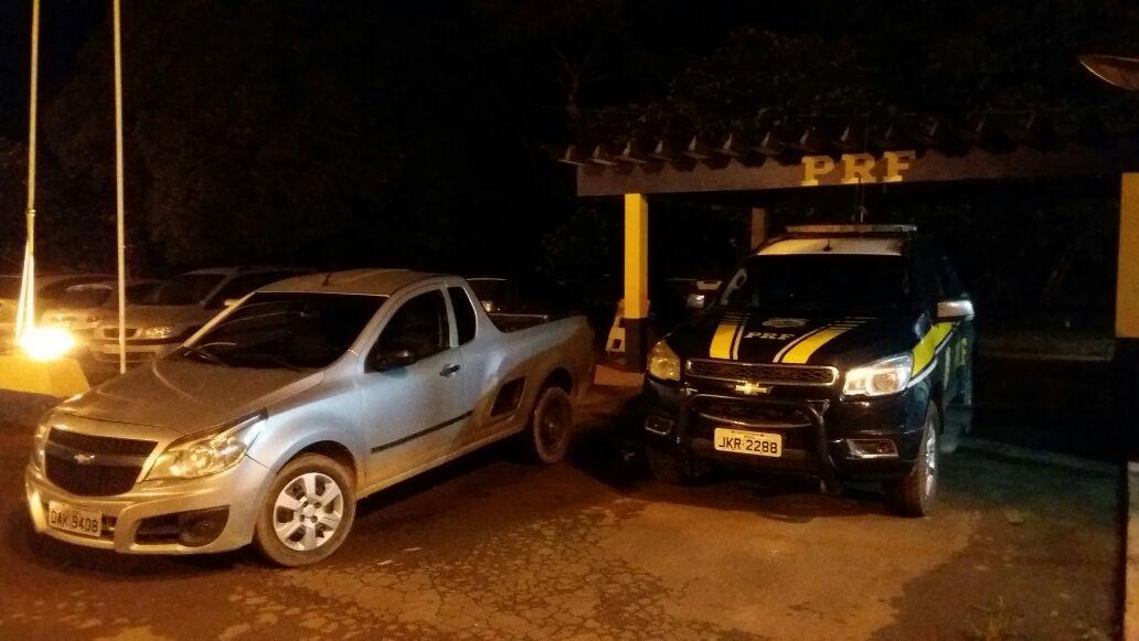 PRF recupera em Jaru, veículo roubado em Manaus