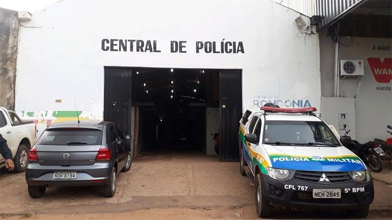 Bandido é preso após vítima reconhecer carro usado por ele e outros criminosos em roubo