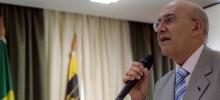 Confúcio diz que renuncia em 5 de abril, mas só sai se Daniel assumir compromissos