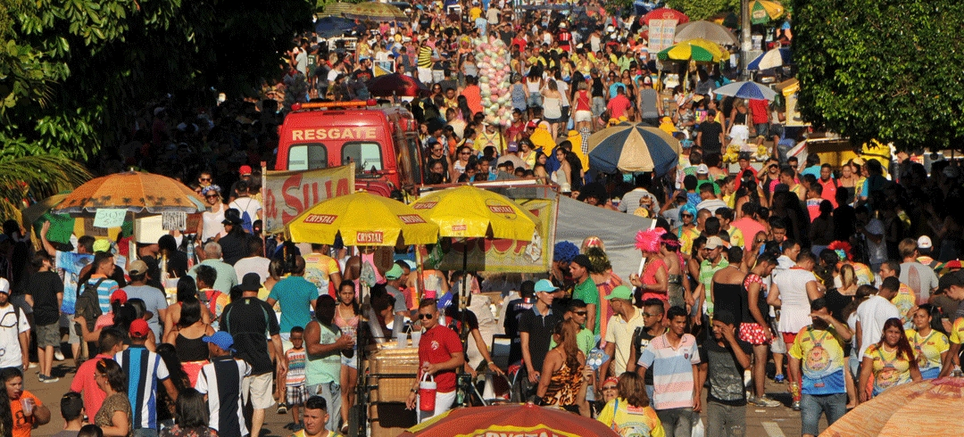 Vendedores ambulantes devem solicitar licença da prefeitura para trabalhar durante Carnaval de Porto Velho
