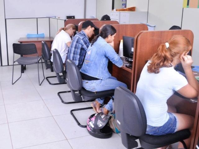 Prefeitura de Ji-Paraná abre inscrições para contratar 25 estagiários de nível superior e médio técnico