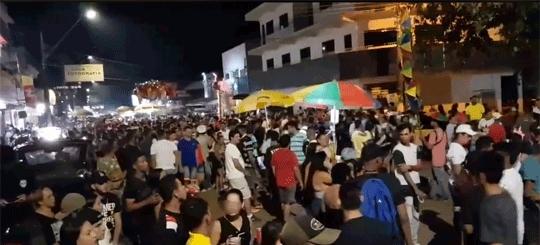 Após desfile de bloco, vândalos destroem e saqueiam lojas na Zona Sul