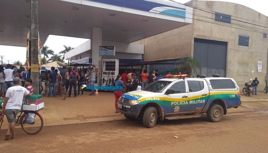 Homem é executado a tiros em posto de combustível em Porto Velho