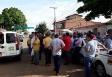 Taxistas protestam na Câmara e dizem que só saem quando táxi compartilhado for sancionado