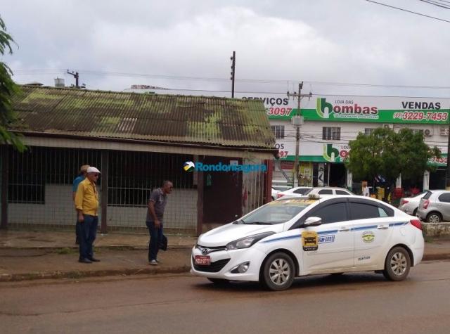 Prefeitura não vai regulamentar táxi lotação; proposta em estudos permitirá que taxistas também usem aplicativos