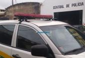 Amigos são presos após fugirem para não pagar corrida de táxi em Porto Velho