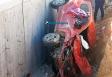 Três criminosos são presos após roubarem mulher e capotarem carro na BR-364; motociclistas ainda foram atropelados