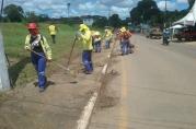 Prefeitura realiza mutirões de limpeza, drenagem e pintura em várias regiões de Porto Velho