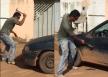 Vídeo: Motorista destrói o próprio carro com marreta ao saber que veículo seria levado pela Semtran