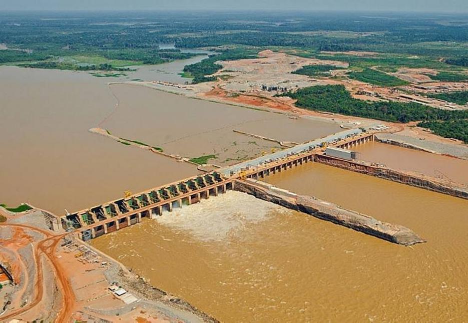 Hidrelétrica de Santo Antônio declara 'risco iminente de quebra'