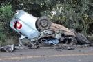 Duas pessoas morrem em colisão frontal entre carro e carreta na BR-435