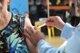 Baixa adesão dos grupos de riscos à vacina contra gripe preocupa Semusa