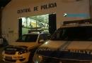 Mulher rouba celular, vende e ameaça policiais