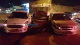 Motorista fica ferido após se envolver em acidente com três carros na capital
