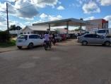 Gasolina em Ji-Paraná chega a R$ 5,99; filas são grandes