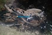 Pai e filho morrem eletrocutados por fio de alta tensão em distrito da capital