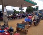 Vídeo: Filas imensas nos postos que ainda têm combustível em Porto Velho