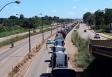 Vídeo: Greve dos caminhoneiros deixa Rondônia sem combustível, cidades sem energia e gera corrida a supermercados