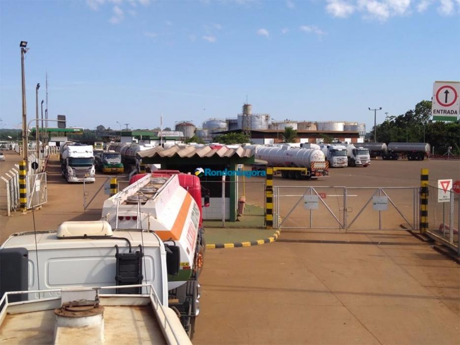 Interior de Rondônia continua sem combustível