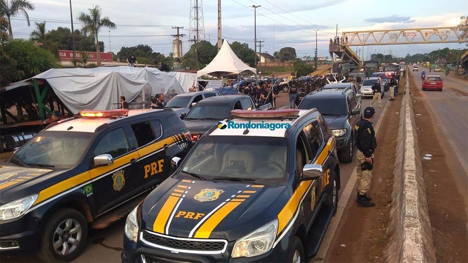 Vídeo: Porta voz de caminhoneiros é presa durante operação em Candeias do Jamari