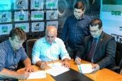 Ezequiel destina R$ 420 mil em emenda para recuperação de vicinais em Vale do Anari
