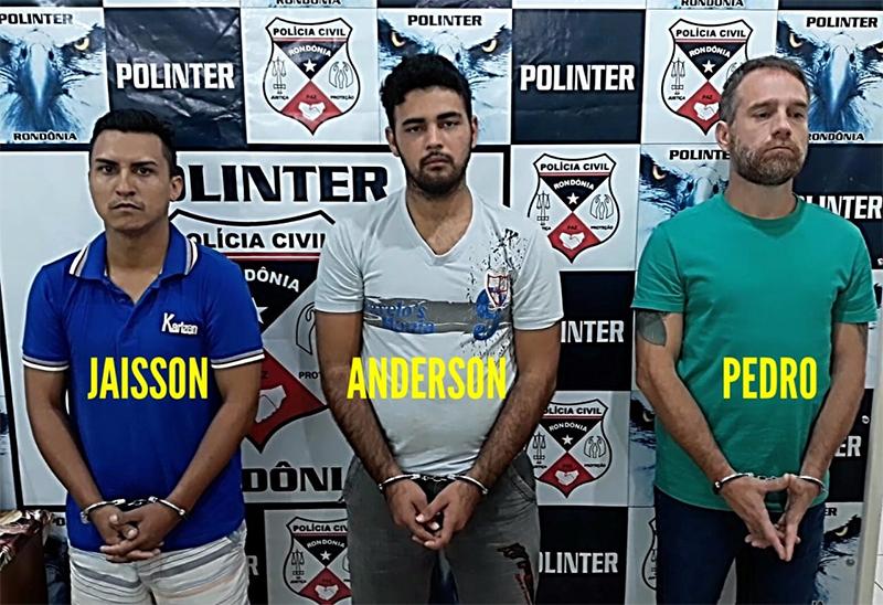 Foragidos são presos após ação de agentes da Polinter e do 1º DP