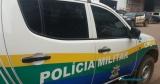 Bandidos torturam mulher com faca e roubam R$ 36 mil de cofre em residência