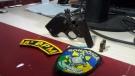 Adolescentes são flagrados com arma após roubo na Zona Leste de Porto Velho