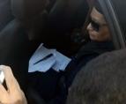 Adolescente enciumada ataca estudante a facada na frente da escola