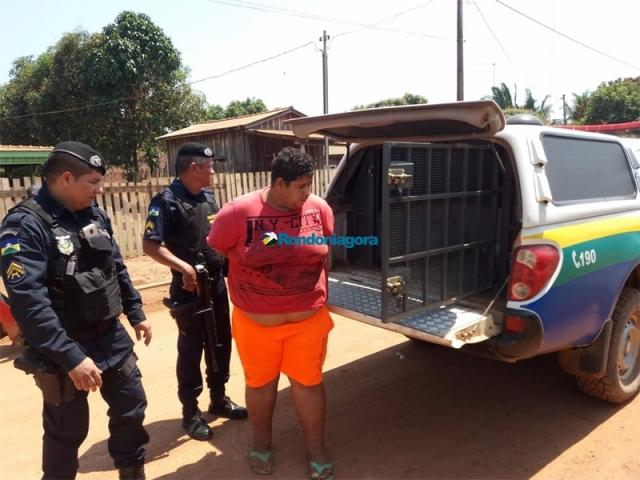 Homem é preso após tentar matar o pai a pauladas; idoso estava embaixo da cama desde o dia 24