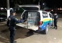 Após denúncia, polícia prende dupla com armas e munições da Capital