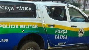 Bando armado invade casa, rouba caminhonete e foge deixando vítimas amarradas
