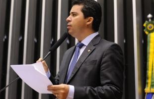 Marcos Rogério vai trabalhar por regularização fundiária