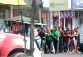 Quadrilha invade lotérica, usa 12 reféns como escudo e acaba morta pela Polícia do Amazonas