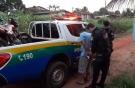 Jovem é morto com várias facadas em terreno baldio