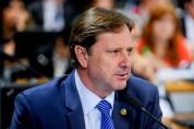 Defesa pede que Acir Gurgacz exerça o mandato durante o dia no Senado
