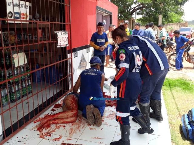 Tudo sobre o banho de sangue: Uma mulher morreu e 7 continuam em estado grave; 11 foram atacadas a golpes de facão