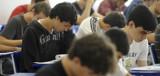Candidatos ao Enem fazem segundo dia de provas no domingo