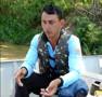 Vídeo: Desesperado, filho de desaparecido em Jaci reclama que Corpo de Bombeiros não fez mergulhos e pede apoio