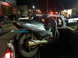 Adolescente com passagens pela Polícia é detido com moto roubada após tentar roubar bolsa de mulher