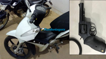 Adolescente é preso armado após roubar moto