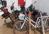 Após roubo, dupla é presa em Porto Velho com várias motocicletas e bicicletas roubadas