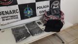 Jovem é presa transportando três quilos de cocaína em táxi na BR-364