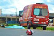 Motociclista de 75 anos morre em acidente com carro na BR-364